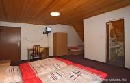 izba ap2 190x121 Limba vendégház